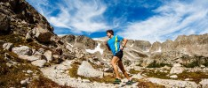 "Book Review: Scott Jurek's Journey to Vegan Ultrarunning Champ, As Told in the Inspiring ""Eat & Run"""