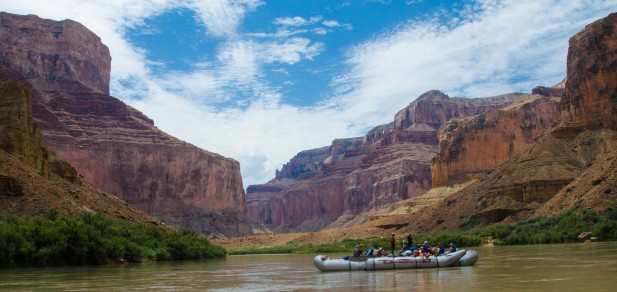 Grand Canyon Rafting and Camping: Eight Sublime Days for One Extraordinary Family Trip