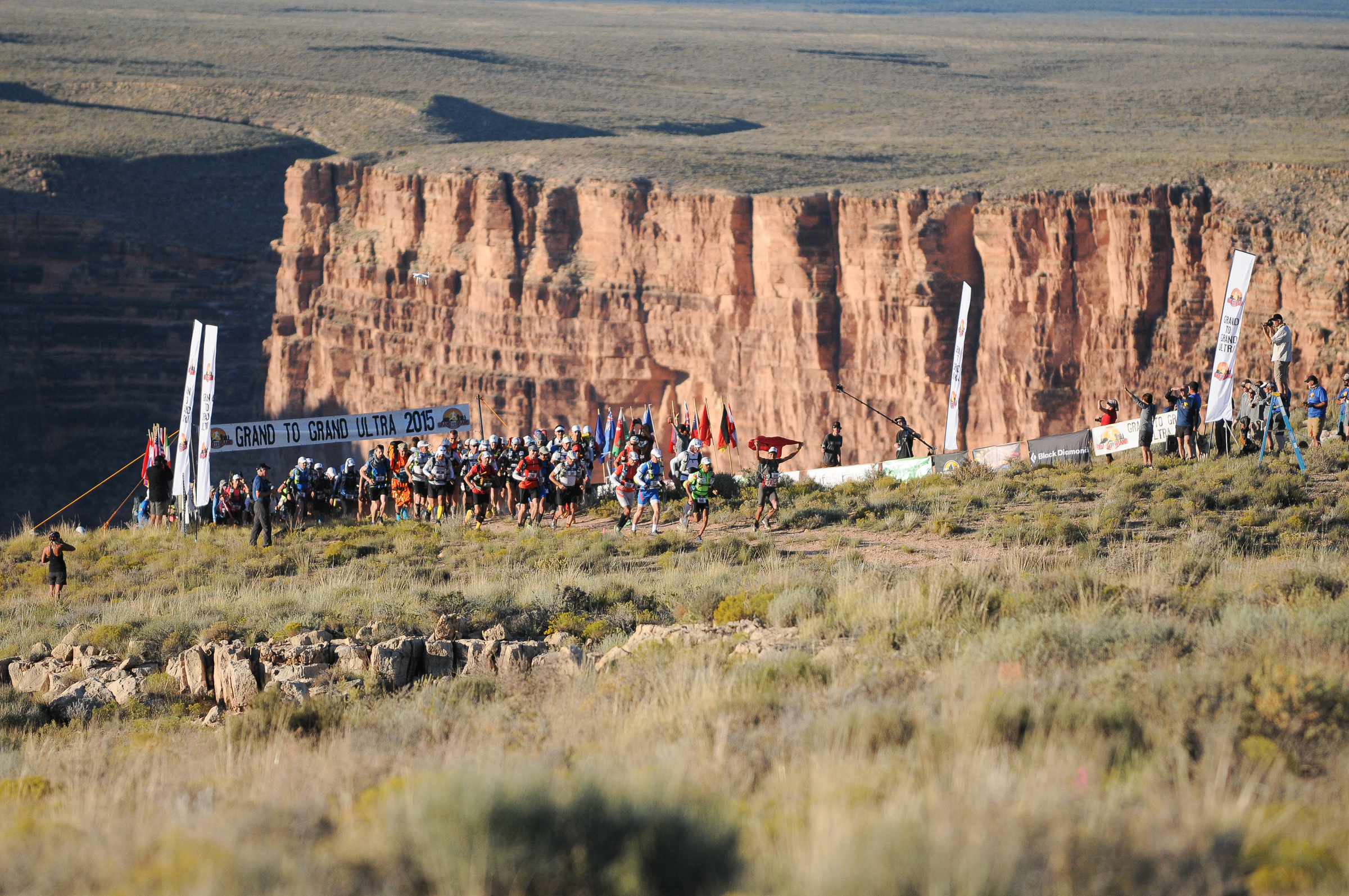 Starting line of the Grand to Grand Ultra, on the rim of the Grand Canyon.
